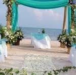 Enjoy Blue Green Beach Marriage